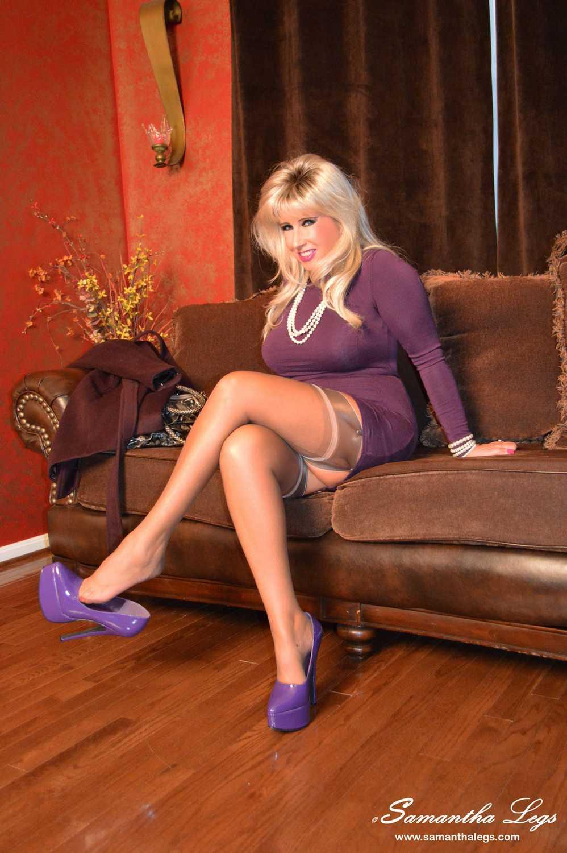 Erotic Pics Housewife redhead porn